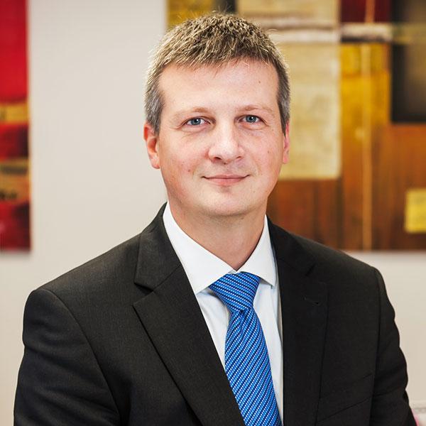 Le cabinet d 39 avocats scrm au luxembourg suisse france et - Grand cabinet d avocat montreal ...